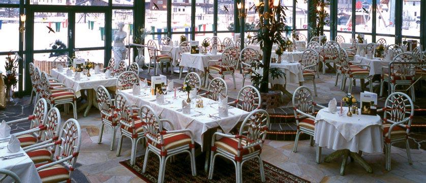 Sporthotel Strass, Mayrhofen, Austria - Dining room.jpg